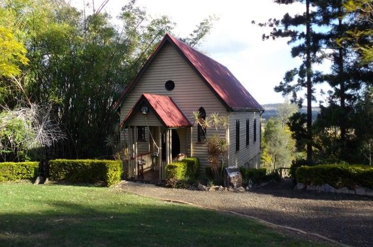 the bush chapel woodlands of marburg. Black Bedroom Furniture Sets. Home Design Ideas