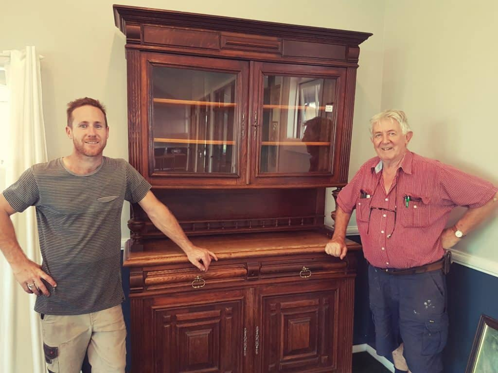 tommy smith cafe meets scotland yard antiques woodlands. Black Bedroom Furniture Sets. Home Design Ideas